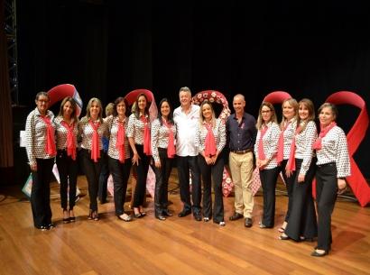 CME expõe laços da Campanha Outubro Rosa em Araxá