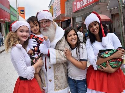 Caravana da Coca-Cola passa nesta terça (4) por Araxá