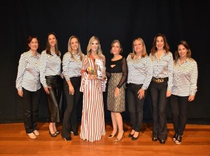 Câmara homenageia personalidades femininas com Medalha Leonilda Montandon