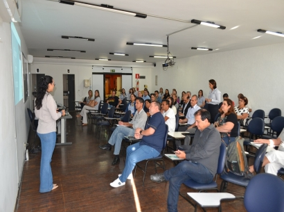Sicoob Aracoop promove encontro com empresários na Acia