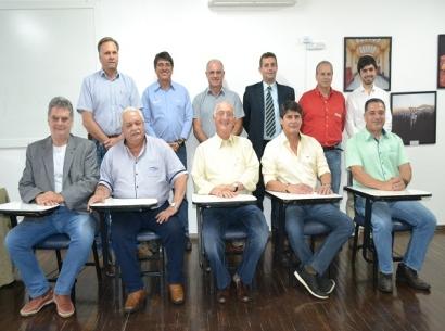 Emílio Neumann é reeleito presidente da Acia